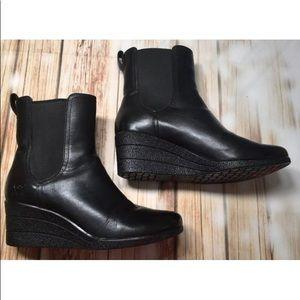 UGG Waterproof Leather Boots, Wedge Heel Size 9.